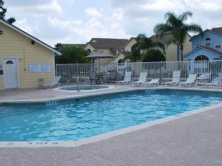A Spacious Condo with Deluxe Decor at Island Club - Kissimmee vacation rentals