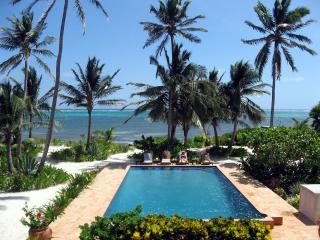 Coral Caye Villa Private Beach & Balcony, Pool - San Pedro vacation rentals
