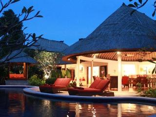 "Akasa Villa ""Absolute Bliss"" Private Pool Seminyak - Seminyak vacation rentals"