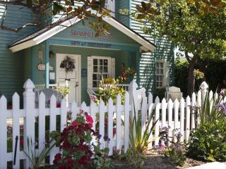 A Beach Condo -  Elsbree House Vacation Condo - Pacific Beach vacation rentals