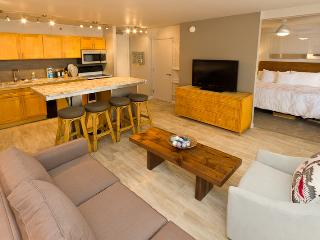 Waikiki Banyan Tower 1 Suite 2108 - Waikiki vacation rentals