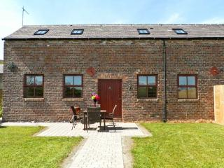 THE DAIRY, family friendly, country holiday cottage, with a garden in Coxhoe , Ref 4542 - Coxhoe vacation rentals