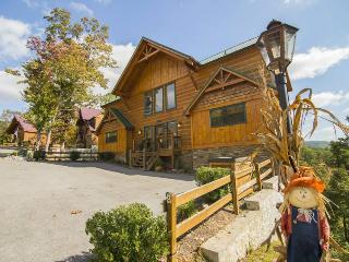Place of the Blue Smoke - 5BR/5BA, Sleeps 16 - Pigeon Forge vacation rentals