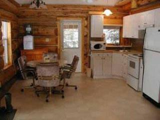 Log cabin rentals in the foothills of Alberta - Turner Valley vacation rentals