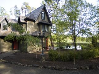 The Lake House - Enchanting Wine Country Privacy - Yamhill vacation rentals