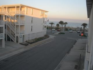 2 Bedroom, 2 bath Condo with Beach View - Tybee Island vacation rentals