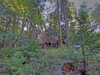 Idyllcreek A-Frame Vacation Cabin - Walk to Town! - Idyllwild vacation rentals