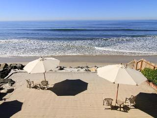 Gorgeous Single Family, 4 bedroom Home with large private beach backyard - Oceanside vacation rentals