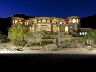 7 Bd Luxury, Golf, Shopping, Corporate Retreat - Phoenix vacation rentals