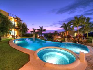 5 Charming Ocean View Casitas, Las Palmas, w Beach - Huatulco vacation rentals