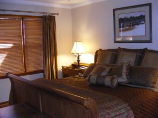 1 bedroom Condo with Deck in Lake Lure - Lake Lure vacation rentals
