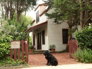 The Coach House, romantic self contained cottage - Port Fairy vacation rentals