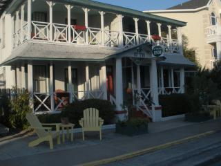 17th Street Inn-A Unique Inn at the Beach on Tybee - Tybee Island vacation rentals