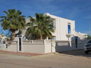 Tunisia DJERBA VILLAKHAWA for 6 pers, 2kms beaches - Djerba vacation rentals