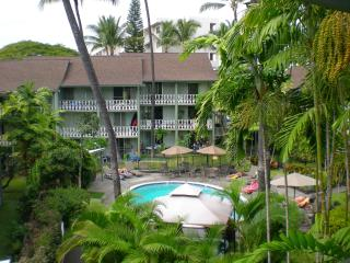 PERFECT Location in the heart of Kailua Kona, HI - Kailua-Kona vacation rentals