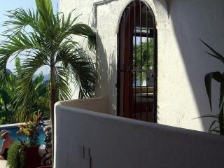 Condo Serenidad - Zihuatanejo vacation rentals