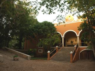 Itzincab, private hacienda in Yucatan - Tecoh vacation rentals