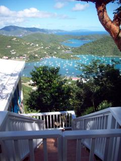 Gorgeous 3 bedroom Villa in Coral Bay - Coral Bay vacation rentals