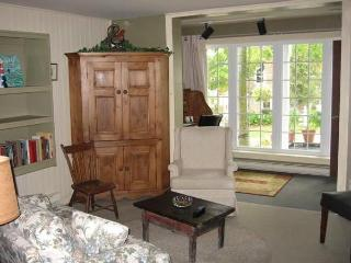 2 bedroom House with Internet Access in Knowlton - Knowlton vacation rentals