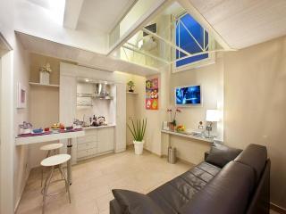 Magi House Luxury Apartment Sorrento Center - Sorrento vacation rentals