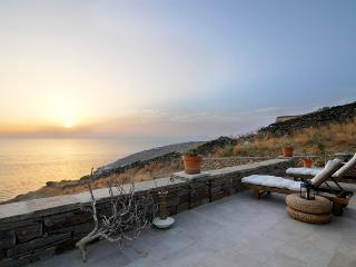 Greek island luxury vacation on private beach VA - Kea vacation rentals