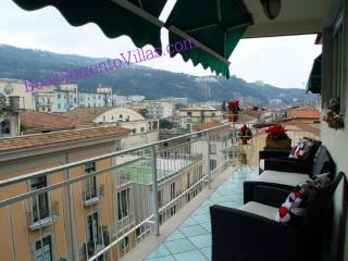 APPARTAMENTO RITA - SORRENTO CENTRE - Sorrento - Sorrento vacation rentals