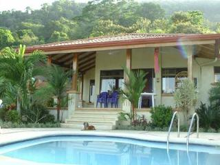 CASA DE CINEMA - overlooking Pacific Ocean - Dominical vacation rentals