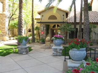 Resort Style Furnished Condo - min. stay is 3 mos. - Phoenix vacation rentals