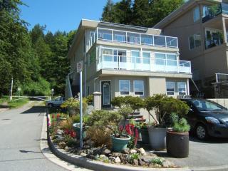 2bedroom 2 bathroom oceanviewfully equipped suite - White Rock vacation rentals