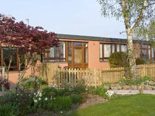 WOODPECKER, pet friendly, country holiday cottage, with a garden in High Head Castle Farm, Ref 4561 - Carlisle vacation rentals