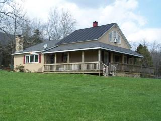 Lazy J Lodge - Lexington - Rockbridge Baths, Virginia - Lexington vacation rentals
