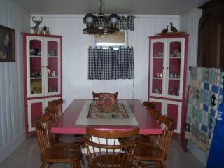 Lazy J Lodge - Lexington, Virginia - Lexington vacation rentals