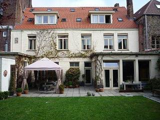 5 bedroom B&B with Internet Access in Bruges - Bruges vacation rentals