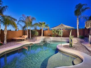 Flash Promo 15% Off Now | Huge Pool, Hot Tub, View - Phoenix vacation rentals