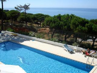 Luxury 3 bedroom duplex with stunning sea views - Albufeira vacation rentals