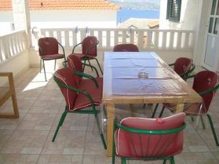2883 A2(3+2) - Postira - Postira vacation rentals