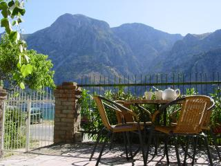 Adorable Apartment with A/C and Satellite Or Cable TV in Kotor - Kotor vacation rentals