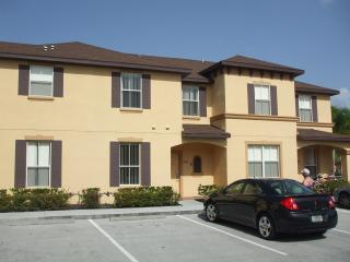 4 Bed Kissimmee Orlando House in Resort  - Disney - Orlando vacation rentals
