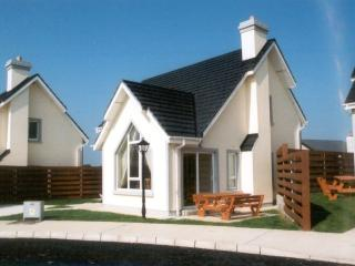 Grange Cove Holiday Homes, Rosslare Strand - Tomhaggard vacation rentals