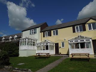 Comfortable 3 bedroom House in Tenby - Tenby vacation rentals