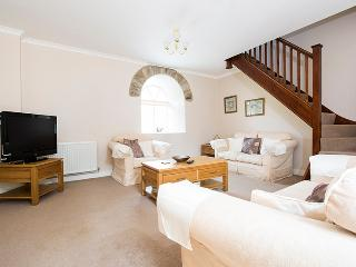 Lovely 2 bedroom Vacation Rental in Llanllawddog - Llanllawddog vacation rentals