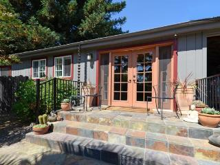 WINE COUNTRY COTTAGE - Santa Rosa vacation rentals