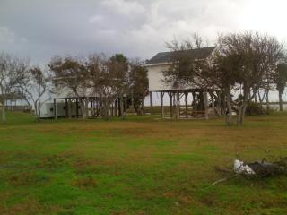 Anna's Cabanas - Crystal Beach vacation rentals