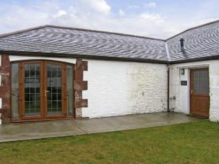GROUSE COTTAGE, pet friendly, country holiday cottage, with a garden in Lockerbie, Ref 5283 - Moffat vacation rentals