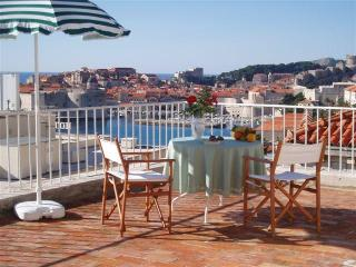 Jinx&Jinxy Apartment (stunning terrace & position) - Dubrovnik vacation rentals