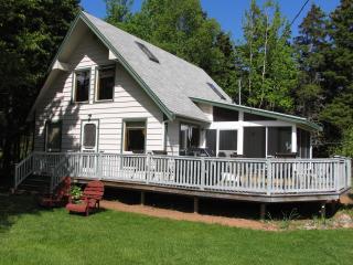 Butler's Cottages 7 min.walk Stanhope Nat. Beach - Stanhope vacation rentals