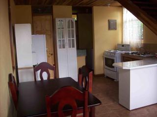 Apartment Vacation Rental - Atenas, Alajuela, Cost - Atenas vacation rentals