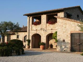 Il Casale di Mele ~ In The Heart of Umbria - San Venanzo vacation rentals