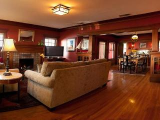 Hollywood Craftsman Home--3 blocks to Walk of Fame - Los Angeles vacation rentals