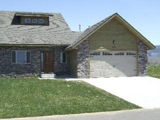Bright House in Driggs with Internet Access, sleeps 8 - Driggs vacation rentals